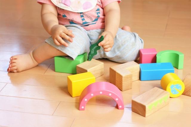 赤ちゃん知育玩具